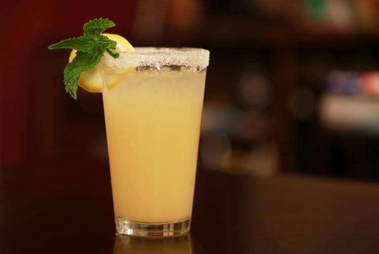 lime-margarita-recipe-with-a-splash-of-grapefruit